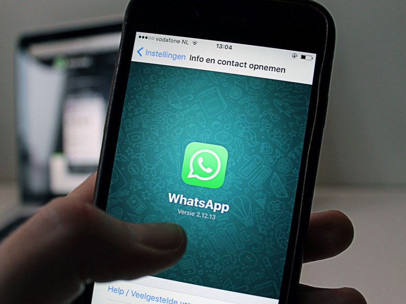 Whatsapp met Apotheek Loksbergen